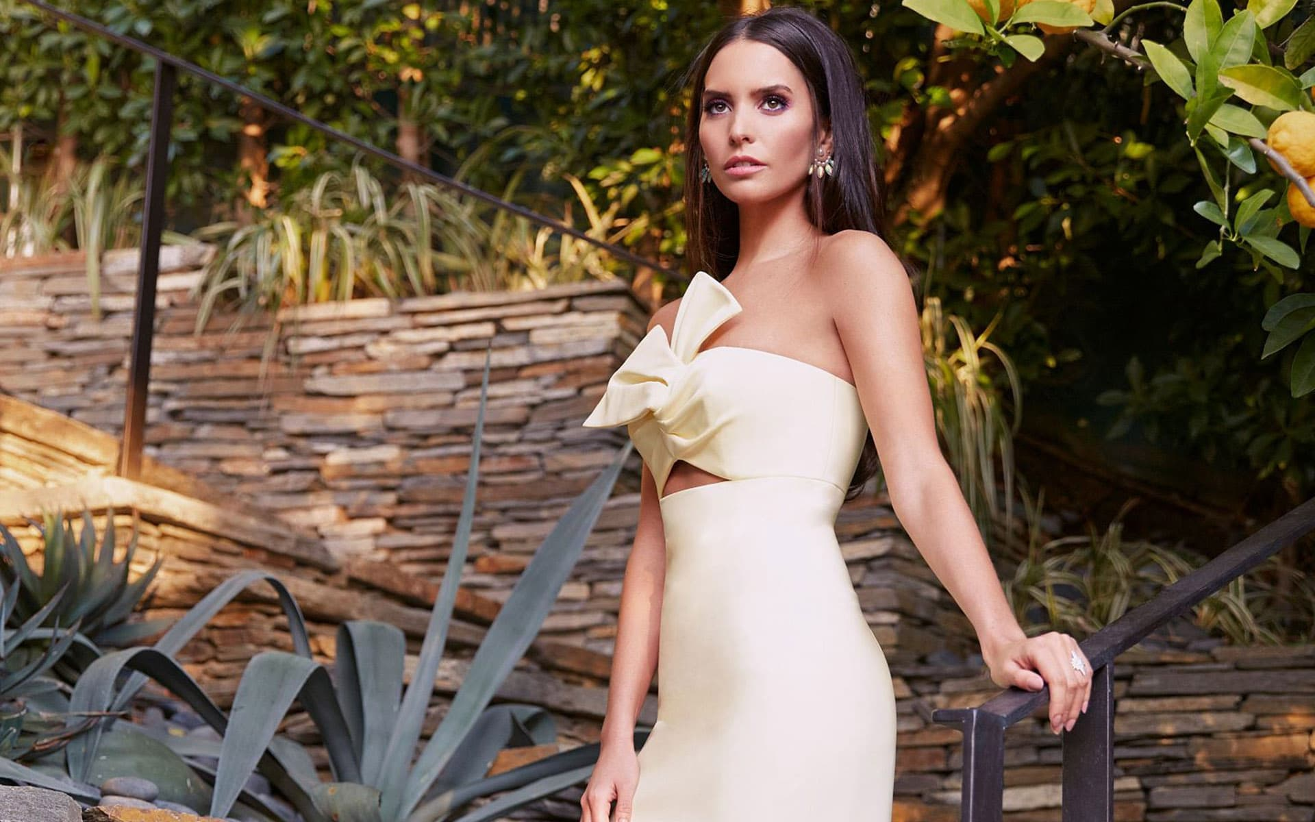 Genesis Rodriguez Wallpapers HD Images and Pictures High ...