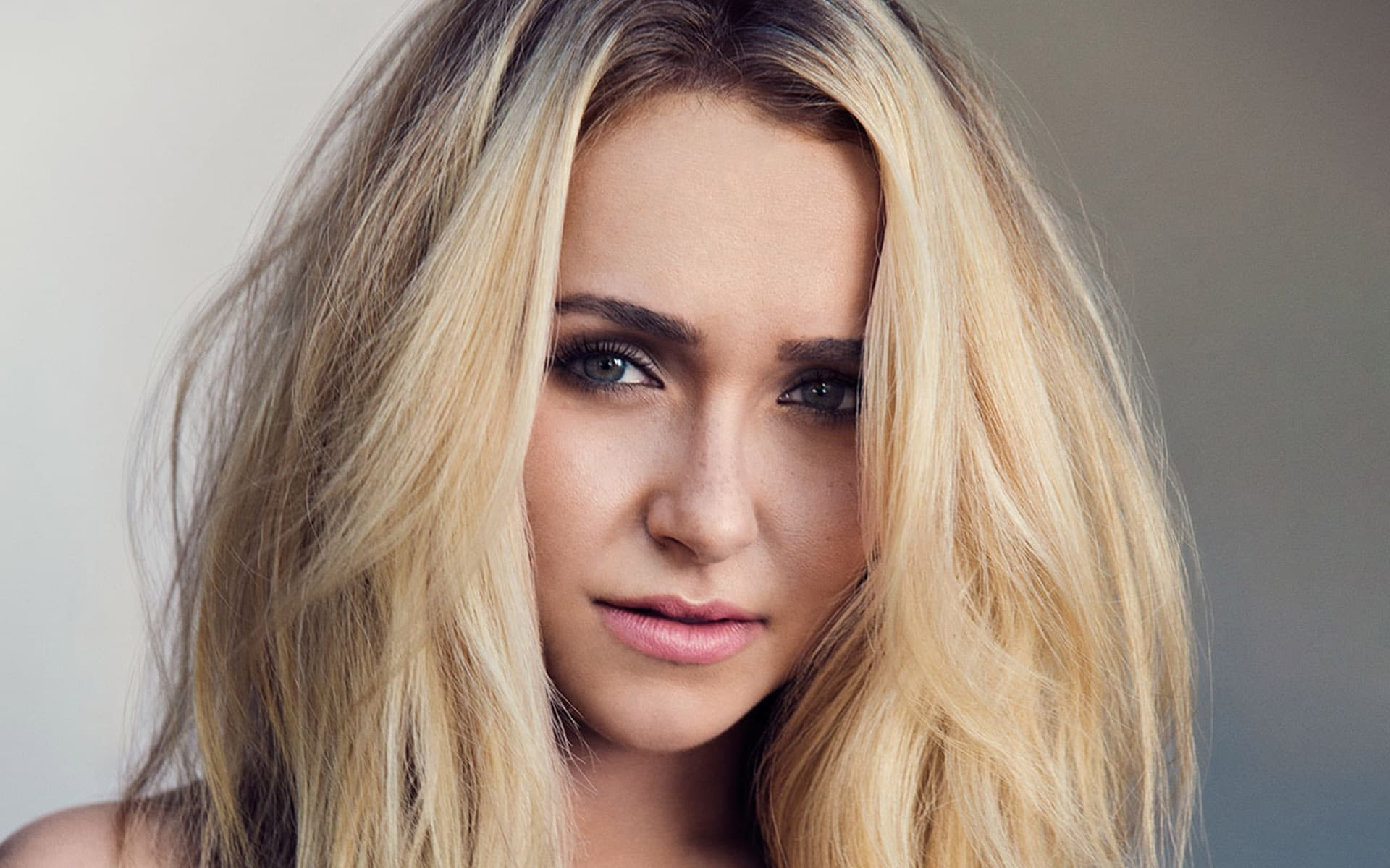 hayden panettiere wallpaper 1080x1920