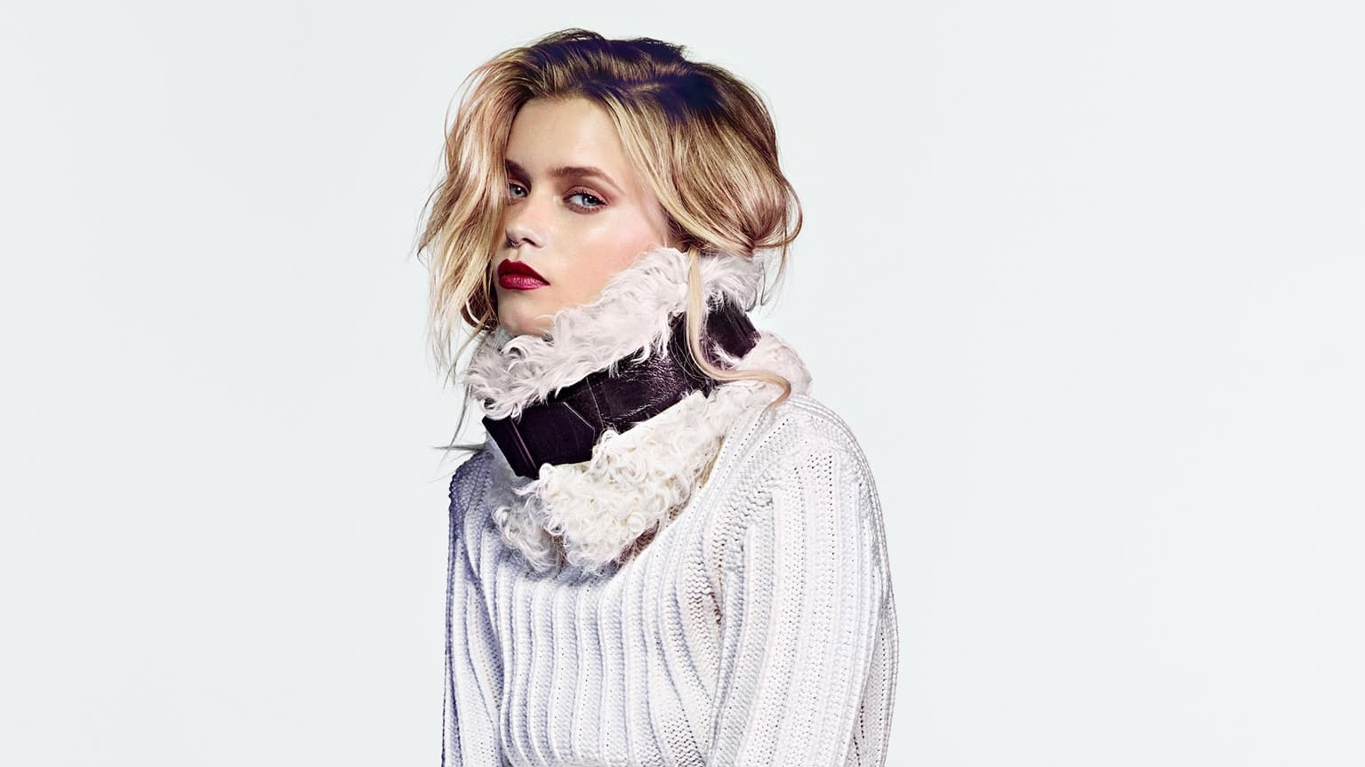 Pictures of Haircut Abbey Lee for Desktop