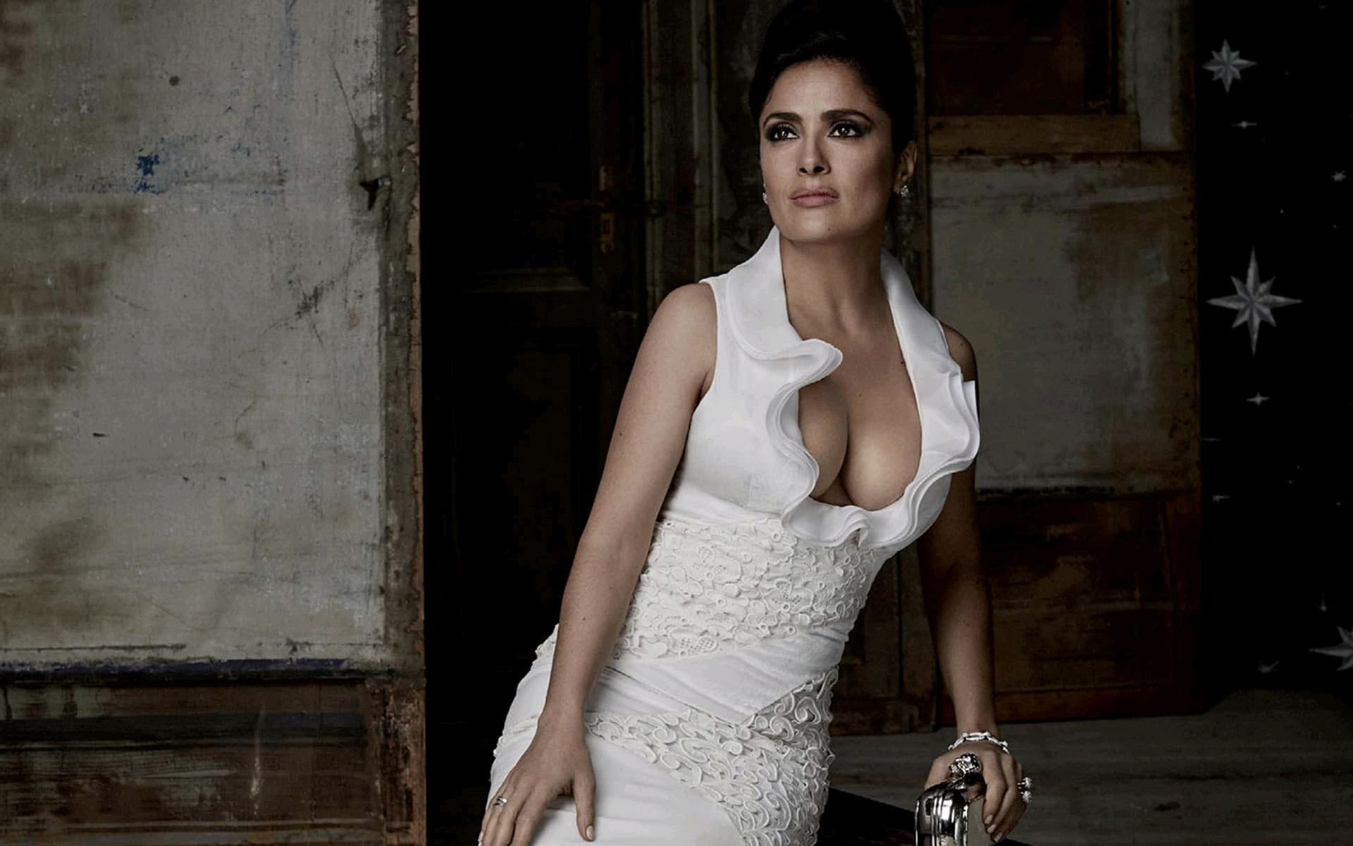 Car Games 2016 >> Salma Hayek Wallpapers HD Pictures Photos Images