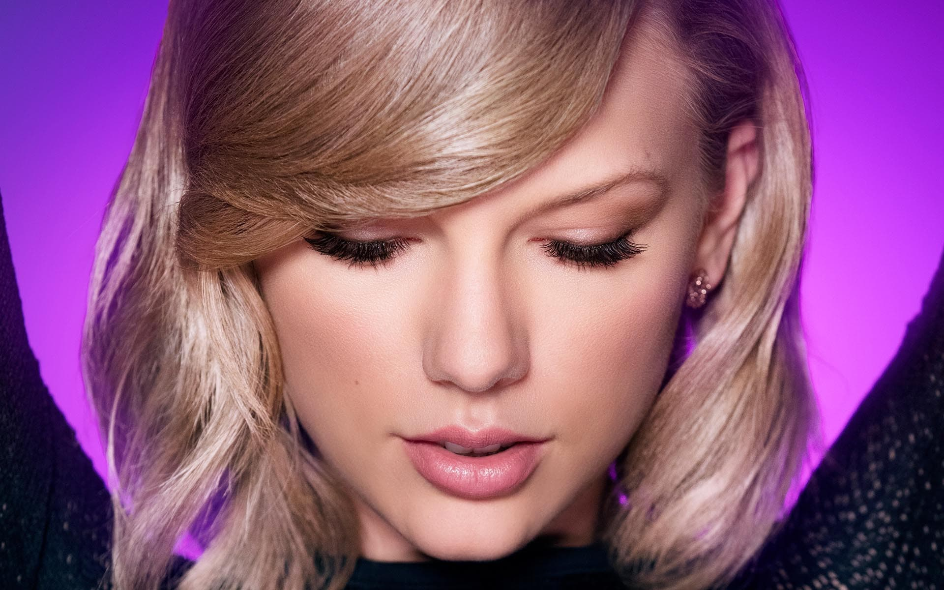 How to Look Like Taylor Swift Makeup