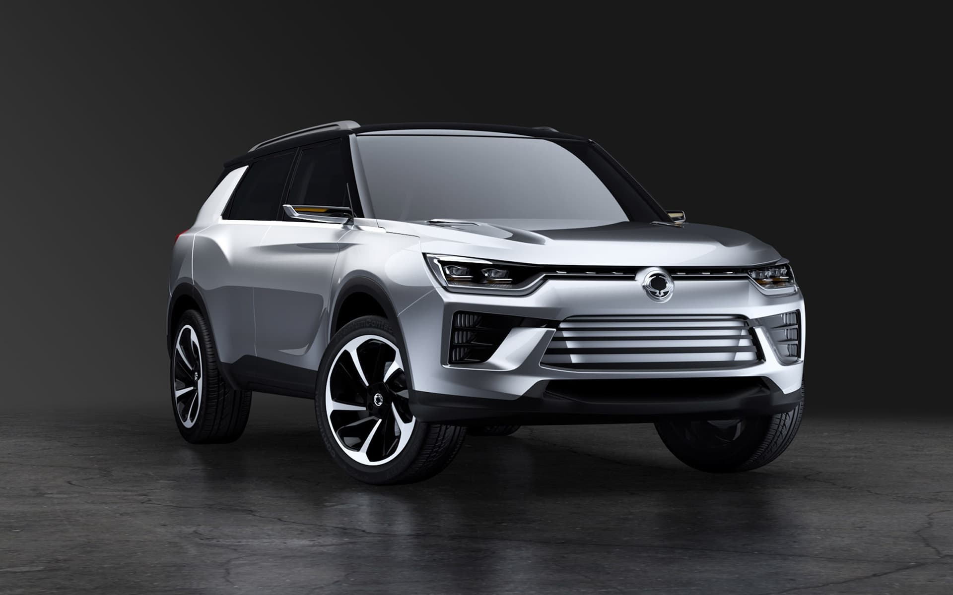 Wallpaper of 2016 SsangYong SIV 2 Concept SUV Silver High Quality