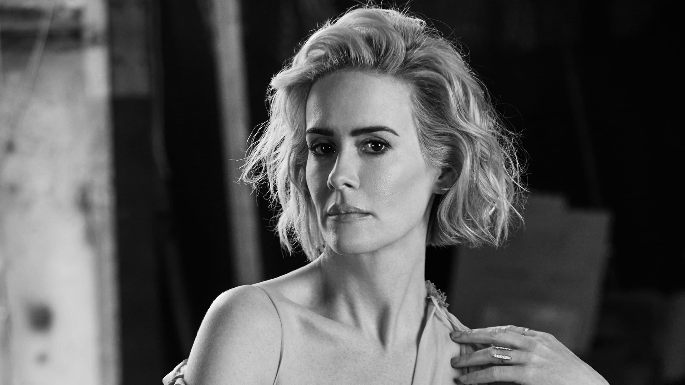 Wallpaper of Sarah Paulson Black And White High Quality