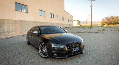 Audi B8 S5 2016 Black background