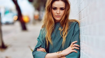 Kristina Bazan Ring HD Images