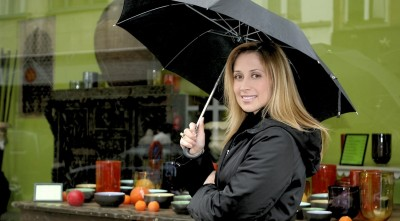 Lara Fabian On Street Under Rain