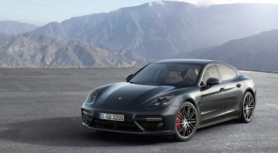 Porsche Panamera Turbo S 2017 background