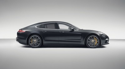 Porsche Panamera Turbo S 2017 Side High Definition