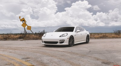 Porsche Panamera Turbo S 2017 White