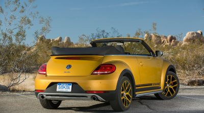 Volkswagen Beetle Dune Convertible 2016 rear High Resolution