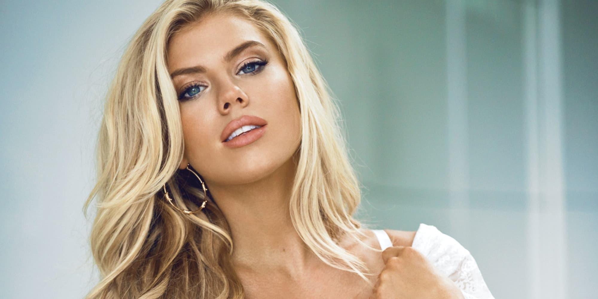 Charlotte Mckinney Wallpapers