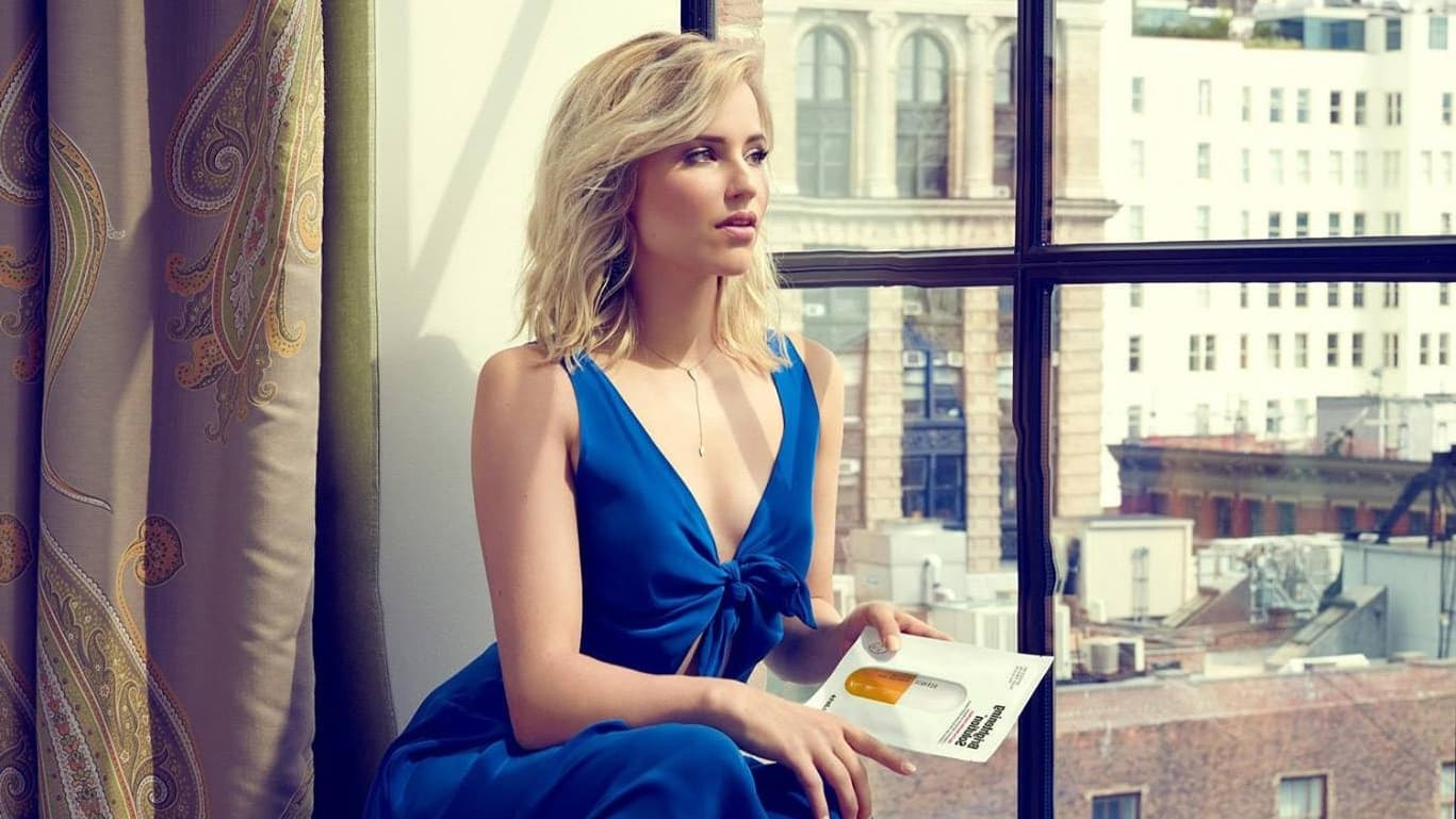 Dianna Agron In Blue Dress Photo HD