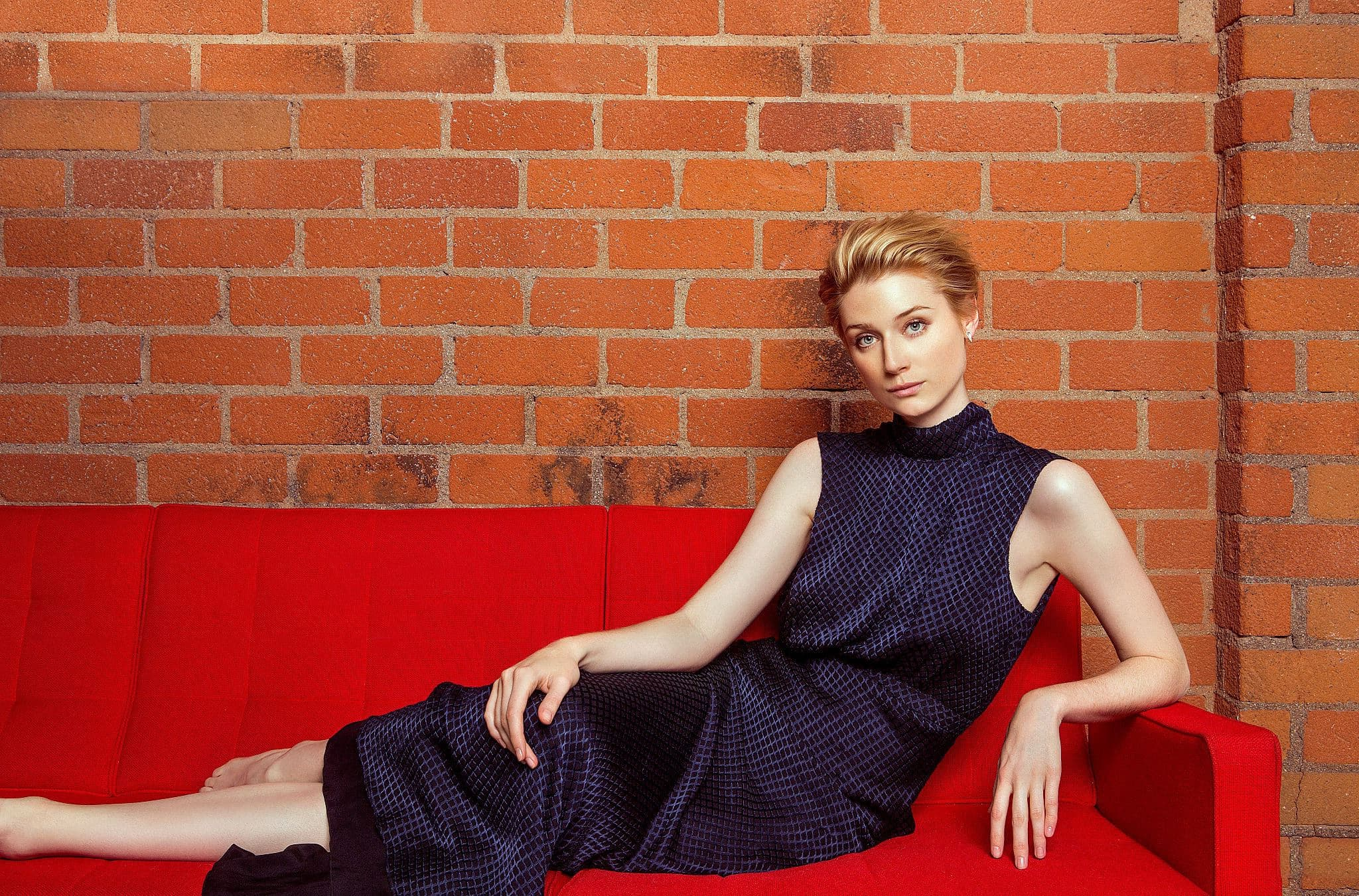 Elizabeth Debicki wallpapers, on the grass 20+ images High Quality Naomi Watts