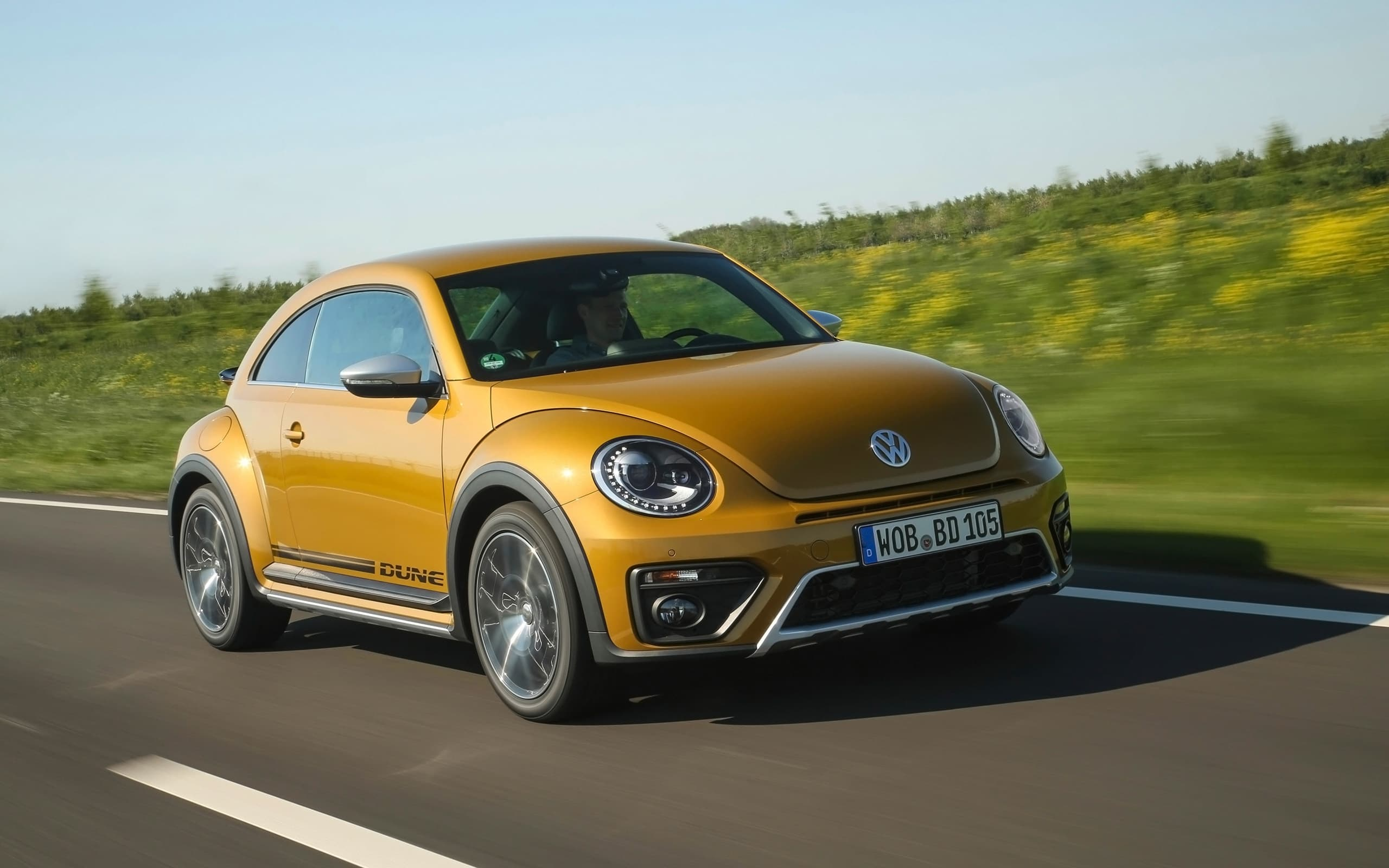HD 2017 Volkswagen Beetle Dune wallpaper