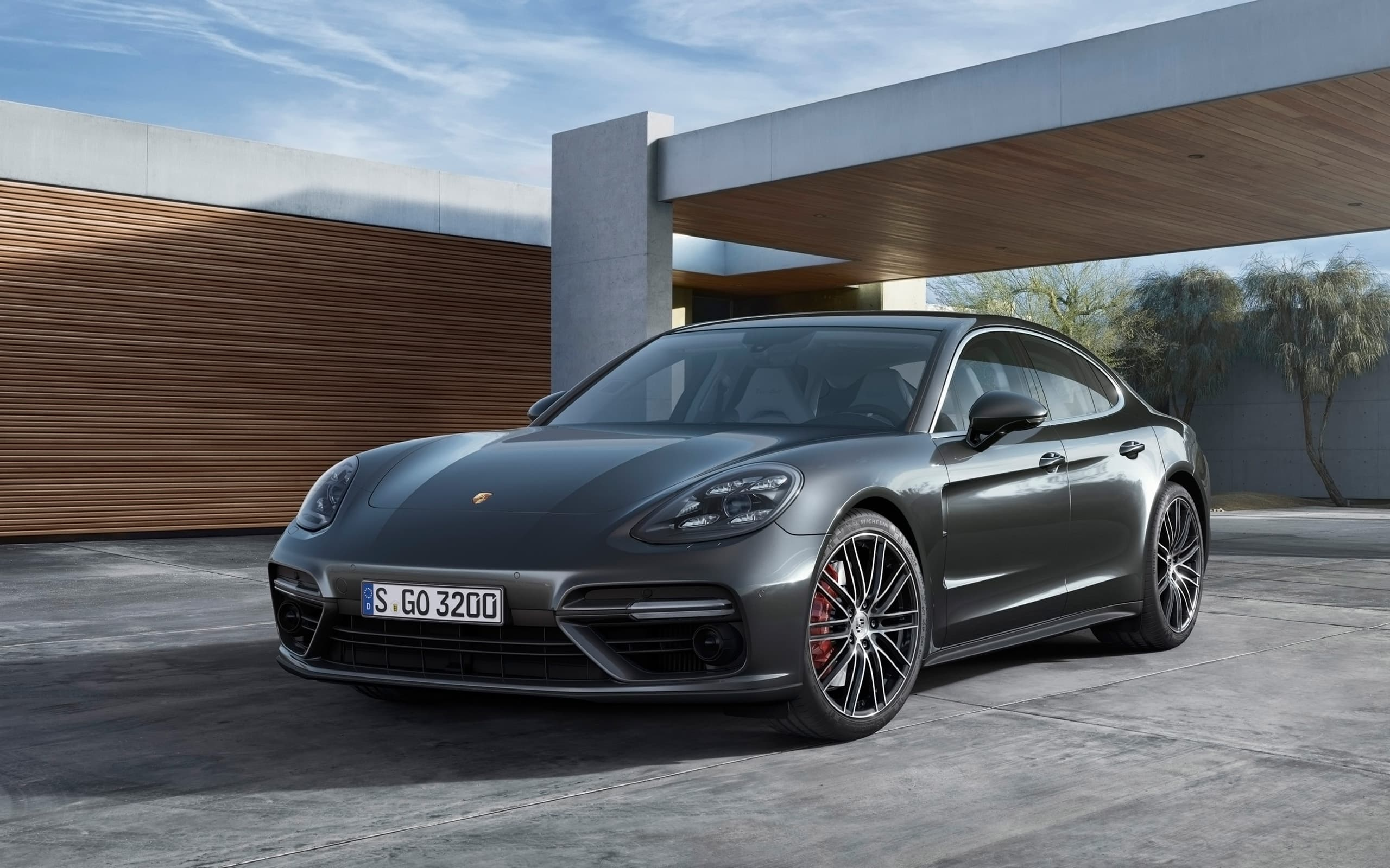 HD Porsche Panamera Turbo S 2017 wallpapers High Quality