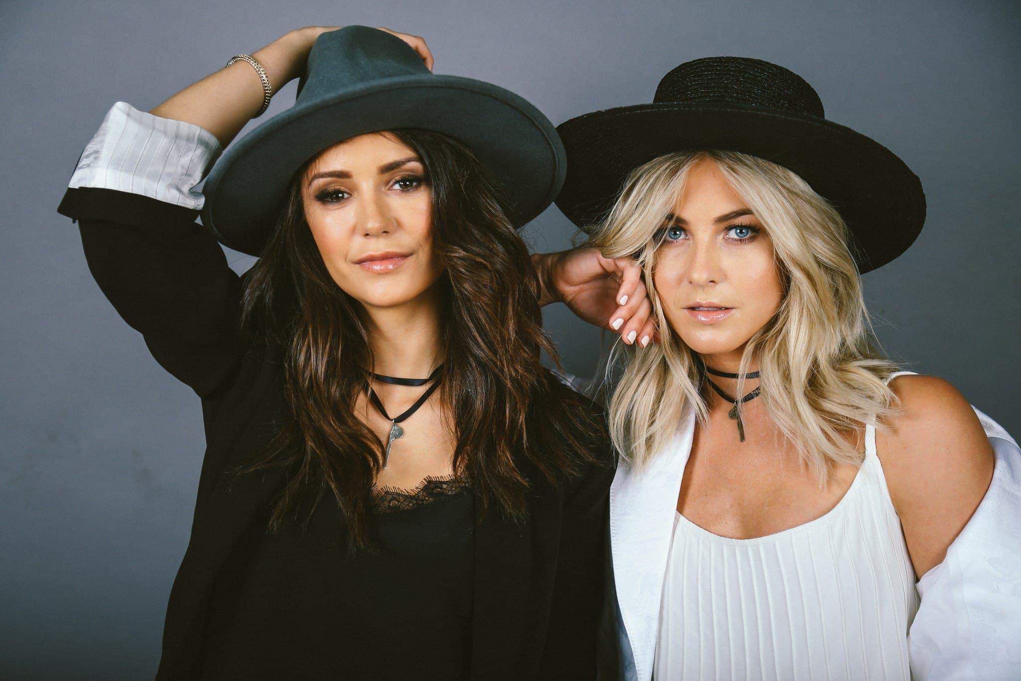 Julianne Hough With Nina Dobrev HD wallpapers