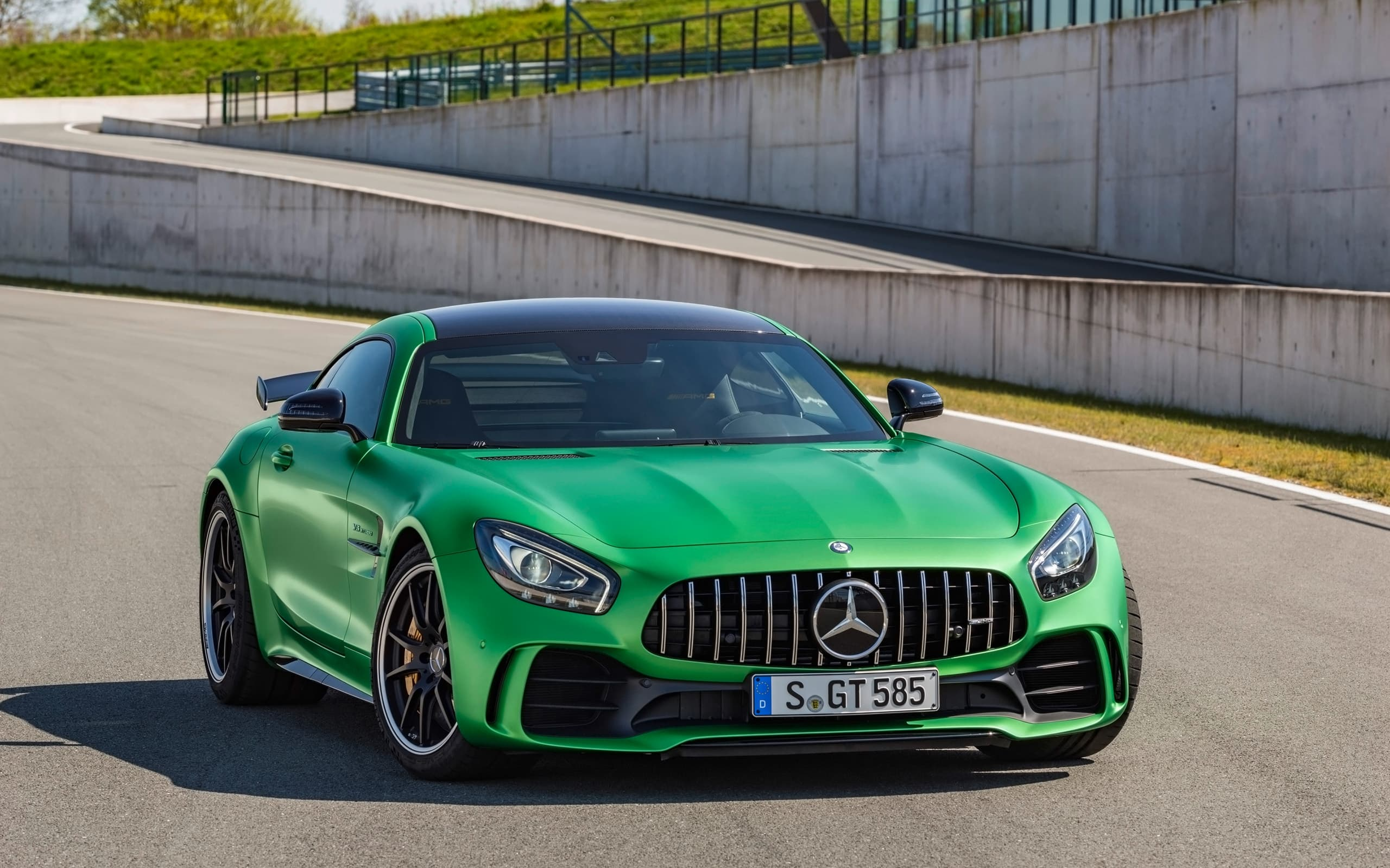 mercedes amg gt r 2017 wallpapers hd high quality and resolution. Black Bedroom Furniture Sets. Home Design Ideas