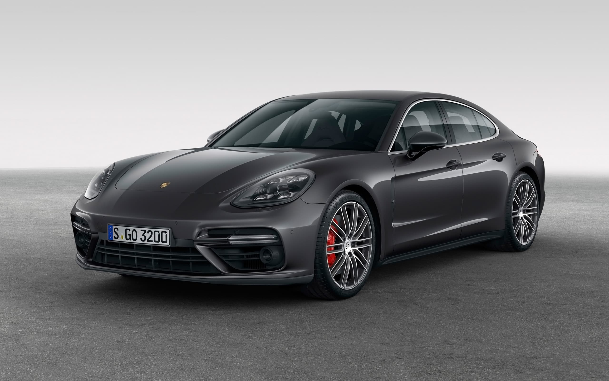 Porsche Panamera Turbo S 2017 Wallpapers