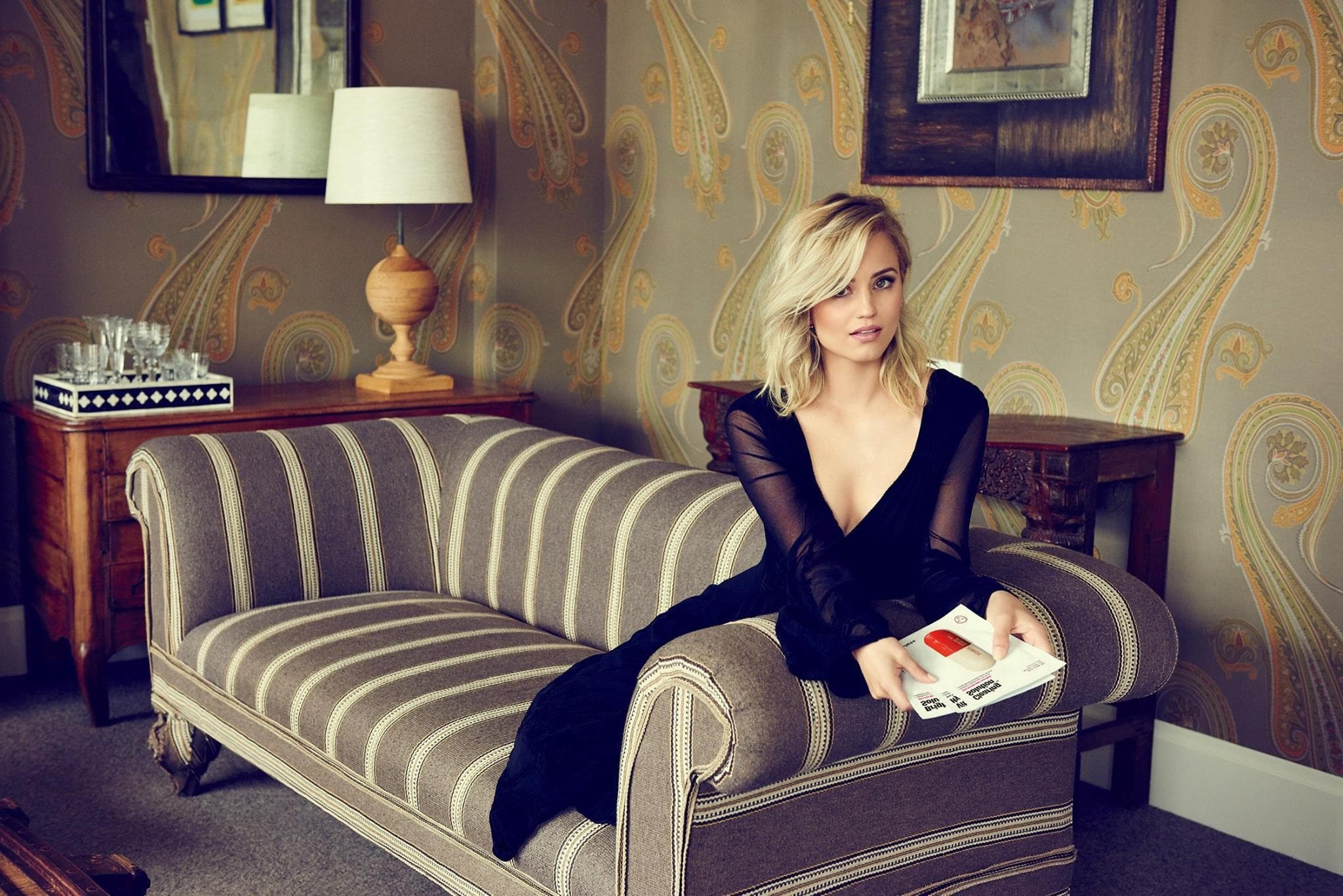 Romantic Dianna Agron 1080p HQ