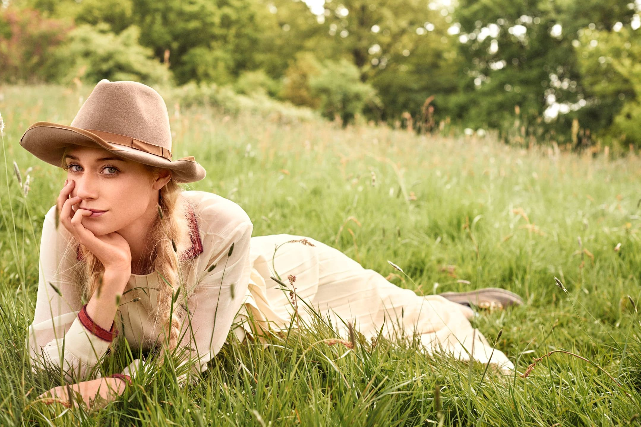 Grace Quality Cars >> Elizabeth Debicki wallpapers, on the grass 20+ images High Quality