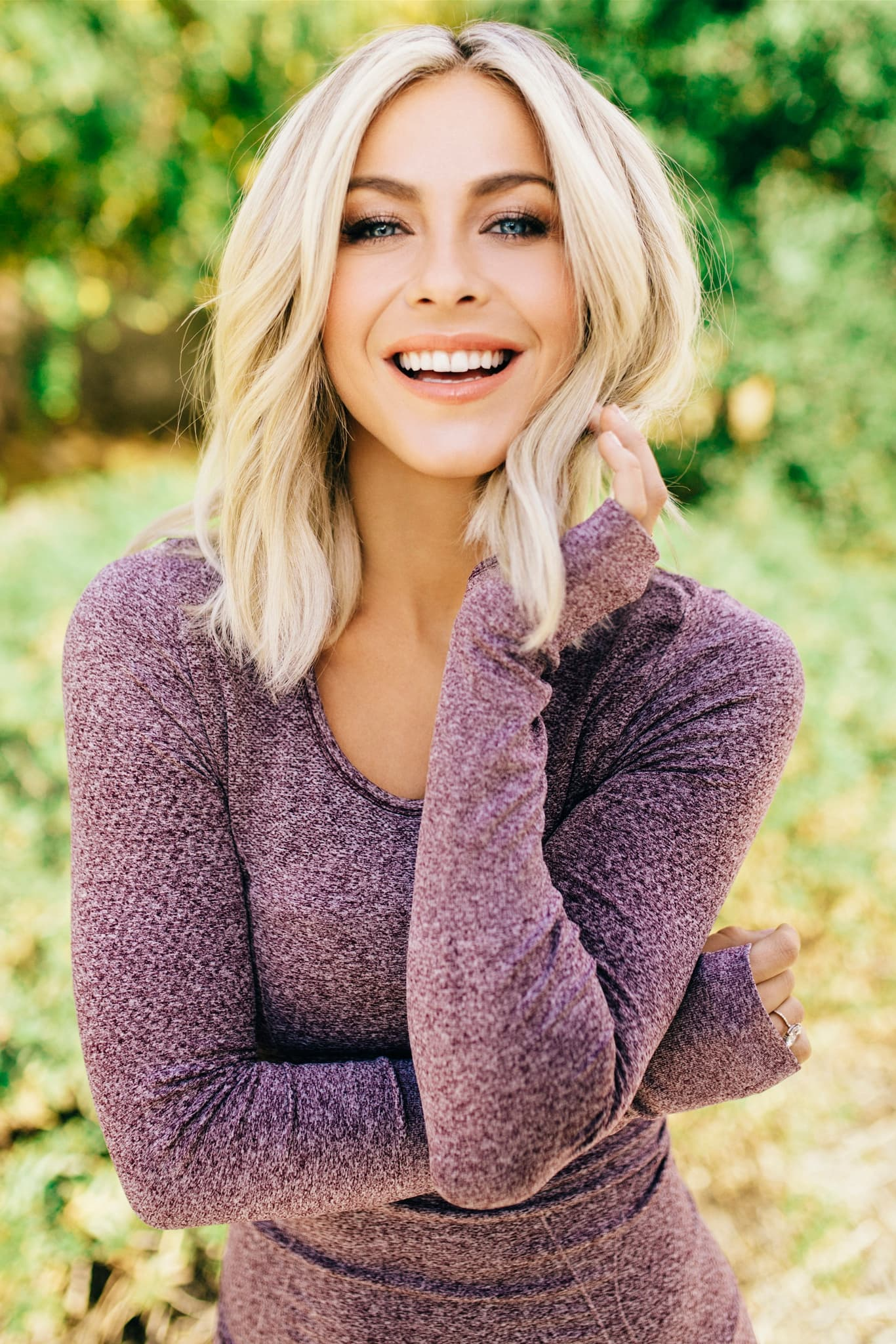 Wallpaper Julianne Hough For IPhone HD for PC