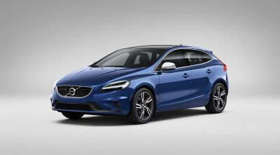HD blue Volvo V40 wallpaper