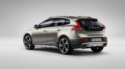 2017 Volvo V40 rear background pictures