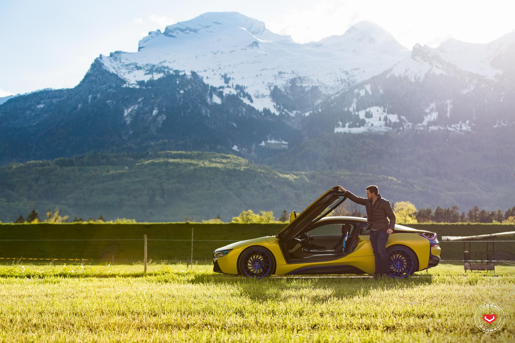 BMW i8 2016 grass, mountains HD Wallpapers