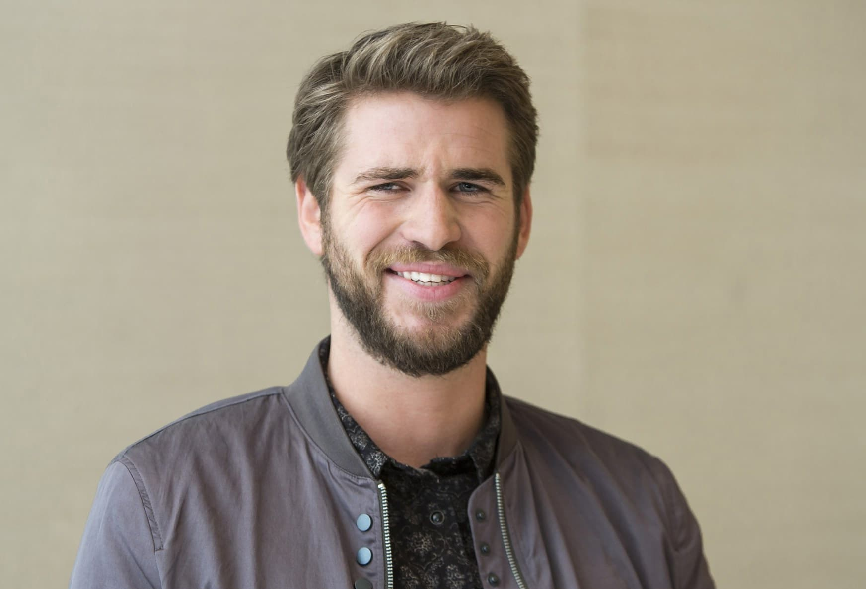 funny Liam Hemsworth wallpaper HD 1080p