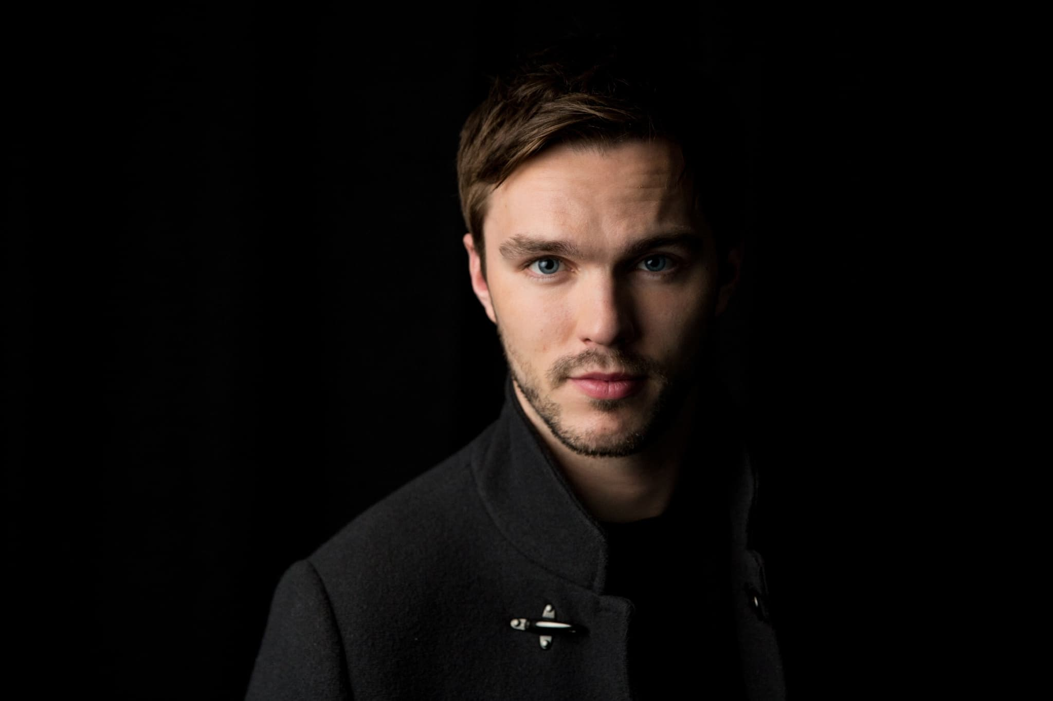 pictures of Nicholas Hoult a single man full HD