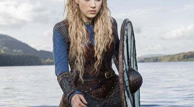 Vikings - Katheryn Winnick As Lagertha with shield