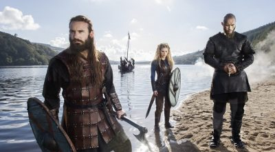 Vikings Katheryn Winnick As Lagertha and Rollo