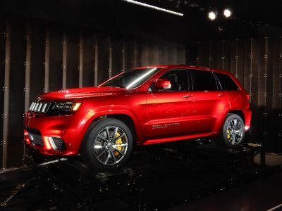 2018 Red Jeep Grand Cherokee Trackhawk 06 Side View