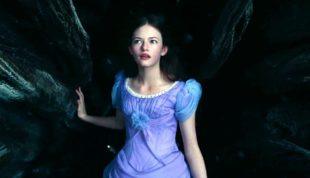 full HD image of Mackenzie Foy in blue dress