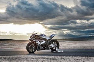 2018 BMW HP4 race HD wallpaper