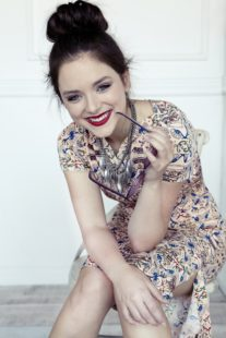 Madison Davenport as Kate Fuller