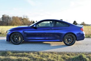 010 BMW M4 coupe