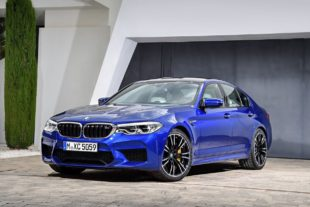 2018 BMW M5 F90 HD wallpapers