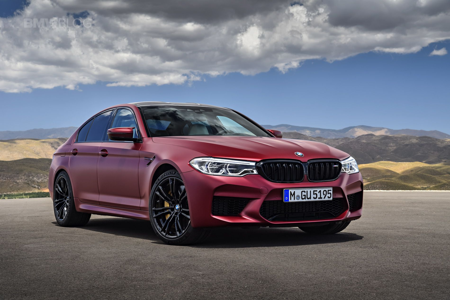 2018 red BMW M5 F90 in HD