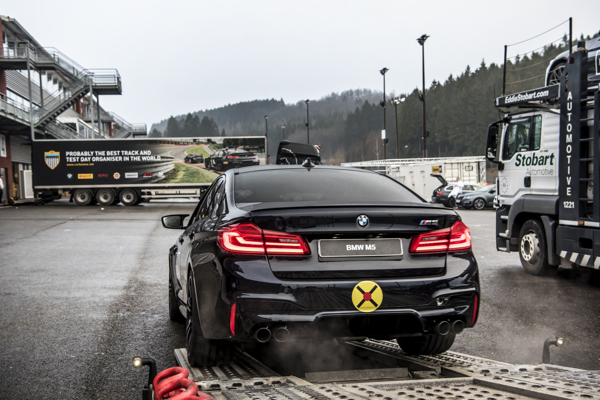 BMW M4 Cs >> 14+ BMW M5 F90 2018 wallpapers in HD