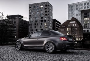 BMW 1M Coupe side view