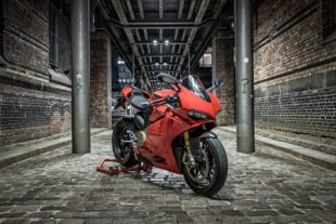 Ducati Panigale 1299s Red God of Speed