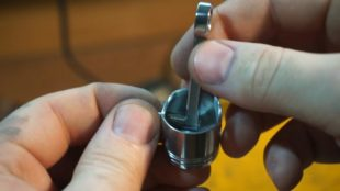 05 keychain Piston