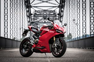 Ducati Panigale 1299s on a bridge
