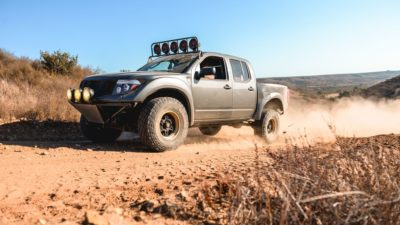 off road suv - dark-grey Nissan Frontier SE images