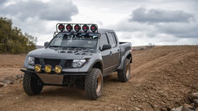 off road suv - dark-grey Nissan Frontier SE in high definition