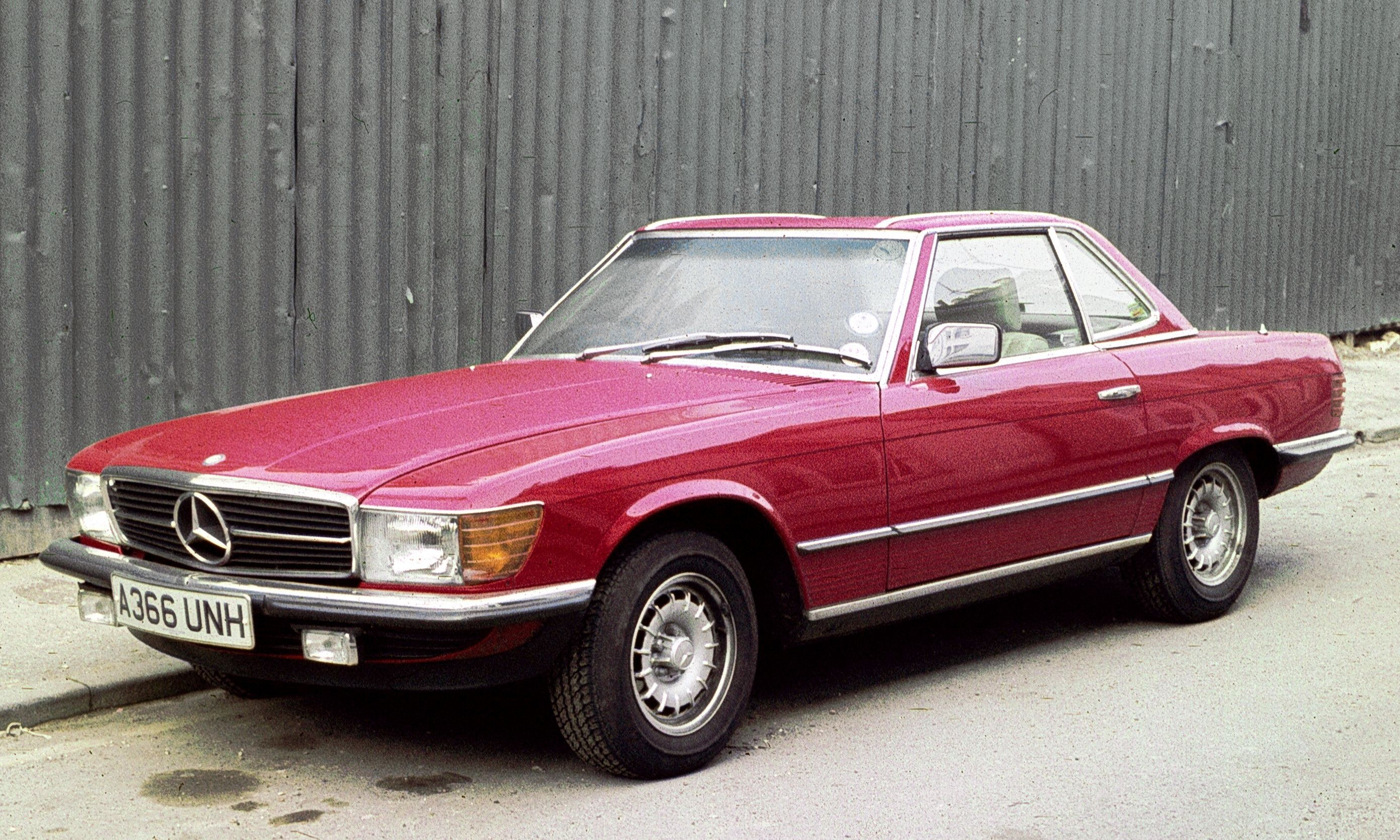 1974 red Mercedes Benz 350SL coupe
