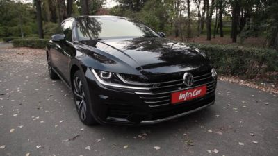VW sedan headlights - 2018 black Volkswagen Arteon 2.0 TDI 5dr