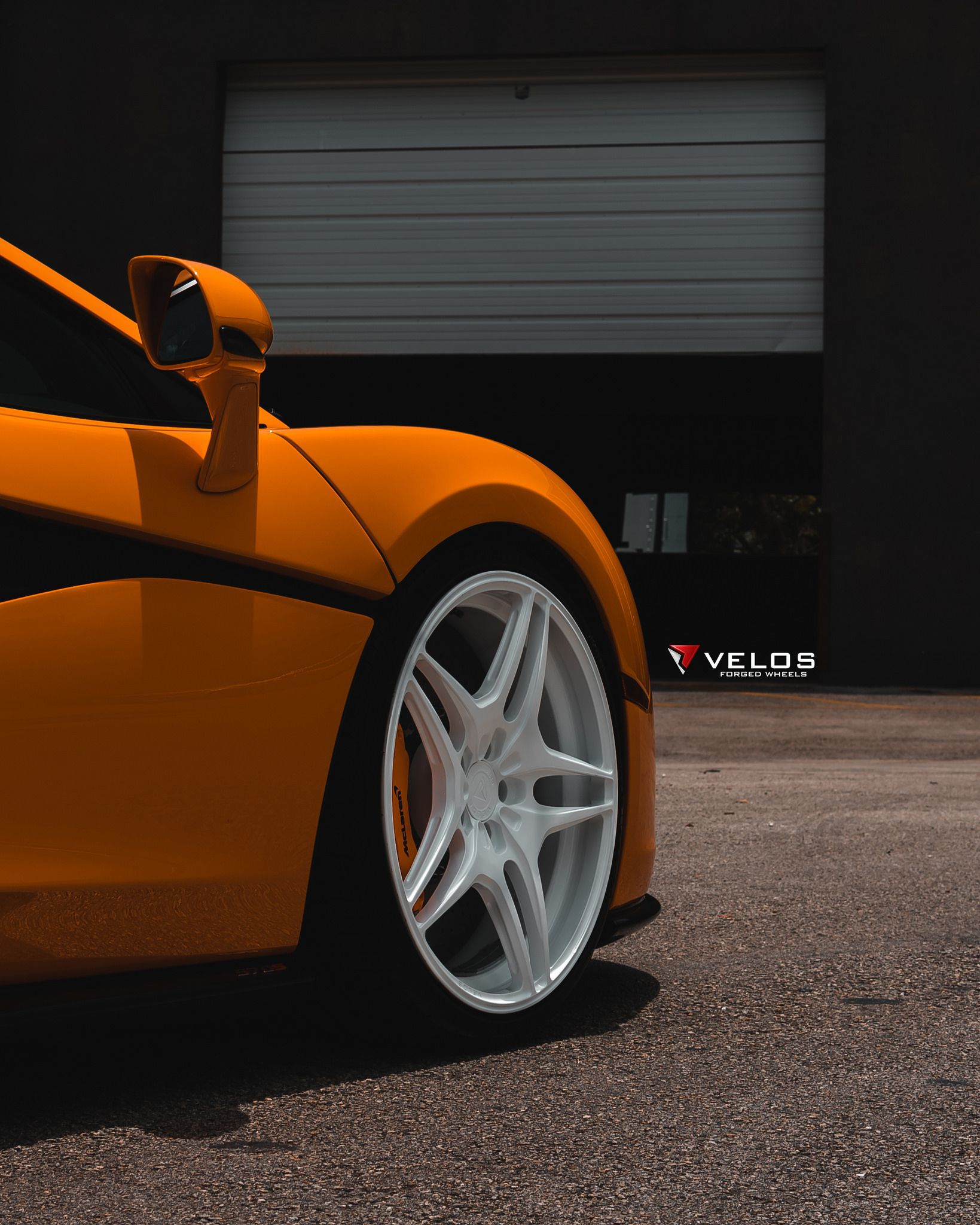 2018 Orange McLaren 570S Coupe – Picture 04 Of 10