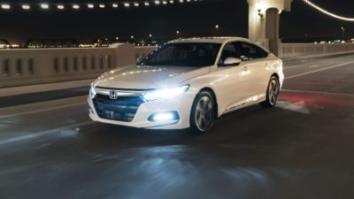 2018 white Honda Accord Sport 2.0T at night